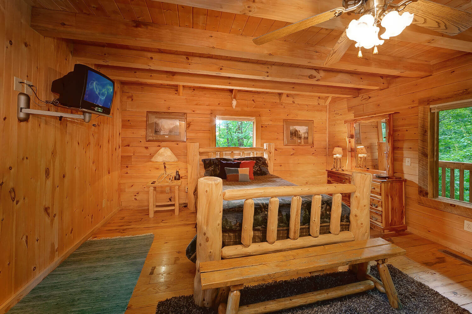 buckhaven 1 bedroom honeymoon cabin in gatlinburg elk springs resort