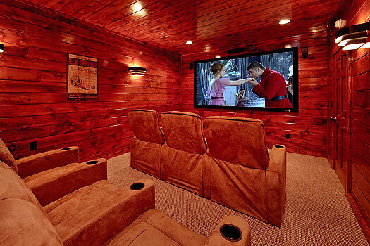 Gatlinburg Cabin Rental with Home Theater Room