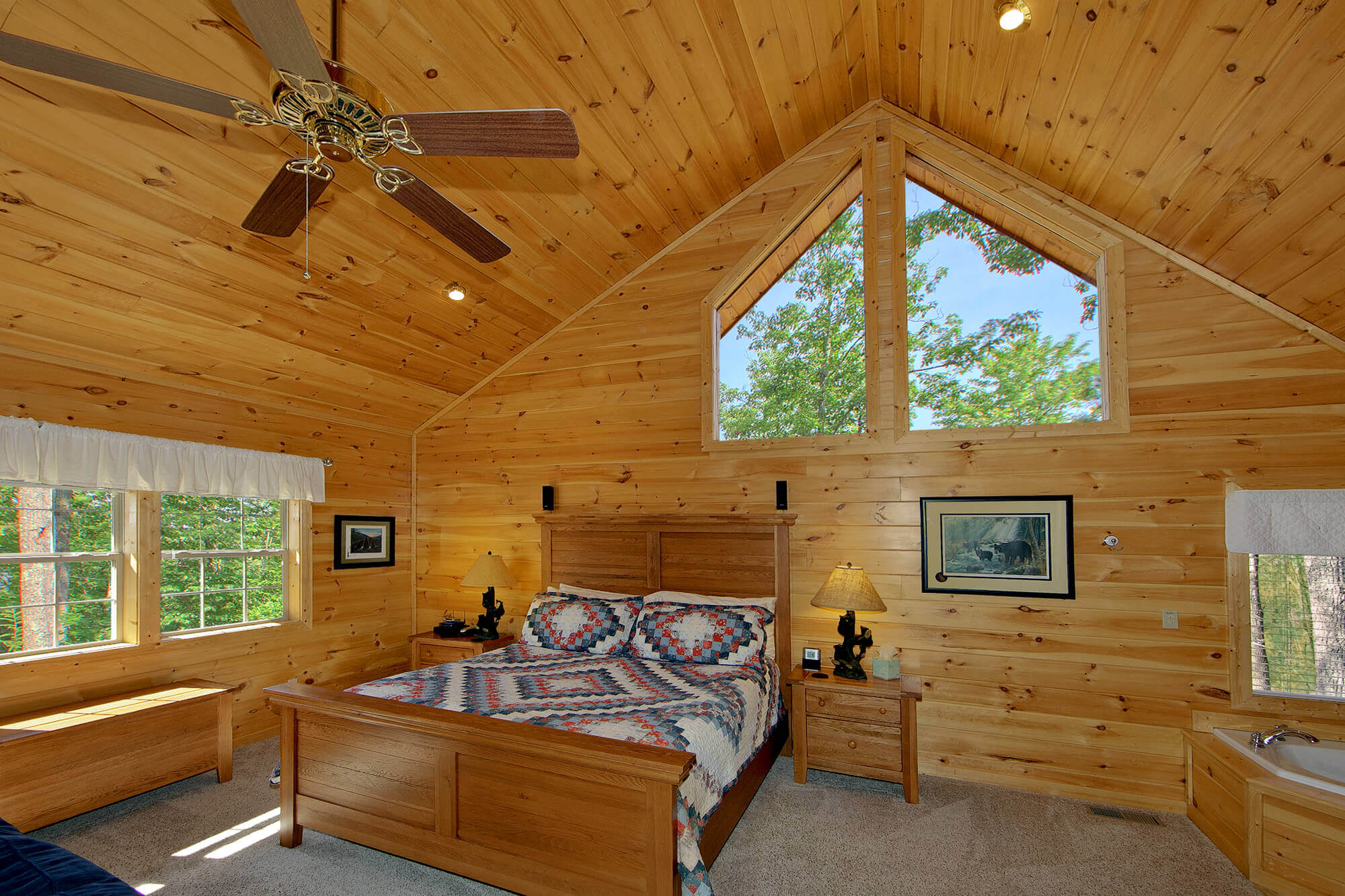 Cozy Bear Ridge A Gatlinburg Luxury Cabin Rental Elk