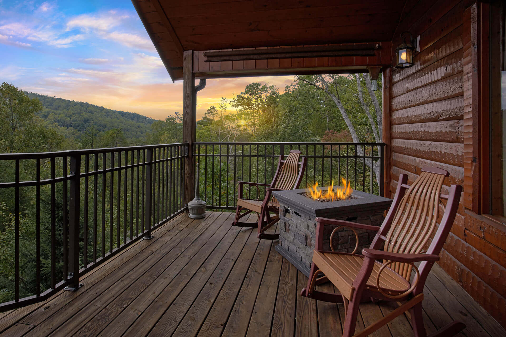 Featured 1 Bedroom Cabins: Mountain Elegance