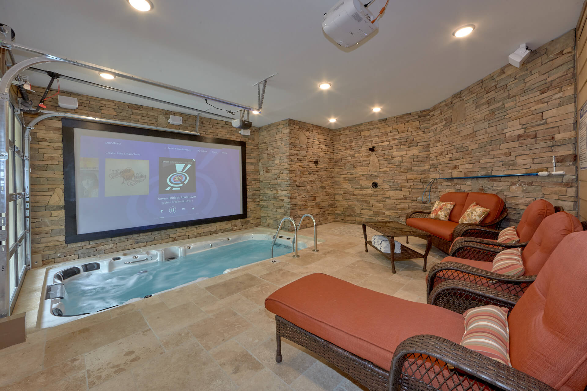smoky gtlburgtennessee with gtlburg pools luxury chlets rentls tennessee cabin pet mount private chea cheap lurel indoor tn friendly mountain cb pool access cabins gatlinburg rentals