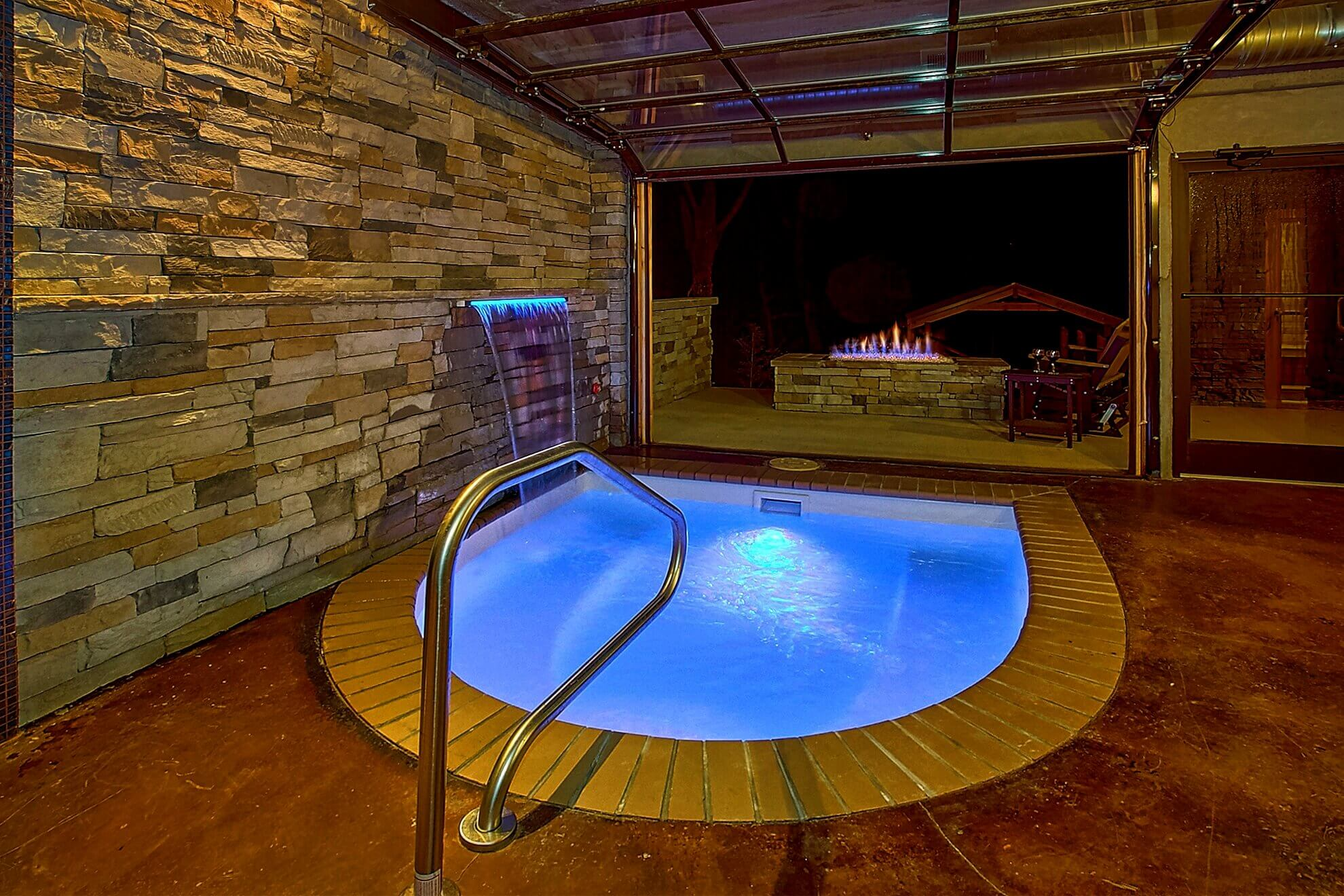 Romantic Indoor Pool Cabin Elk Springs Resort