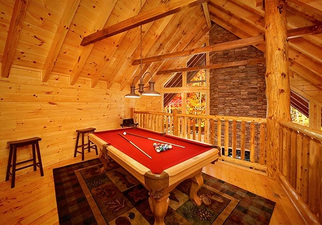 gatlinburg cabin with pool table