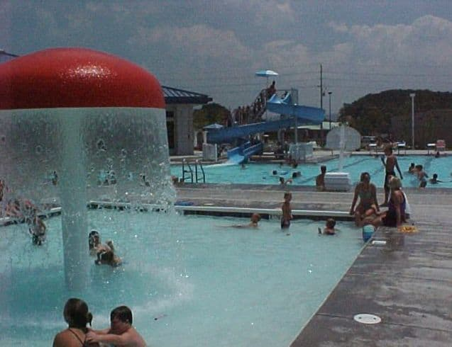 Pigeon Forge Aquatic Center