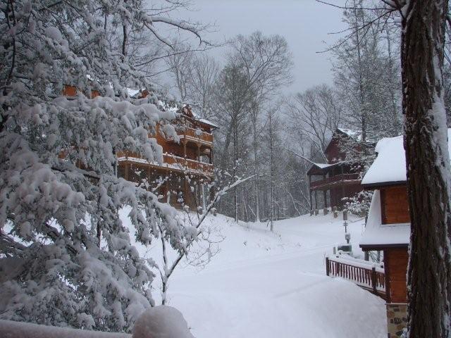 Snow at Elk Springs Resort Luxury Gatlinburg Cabins