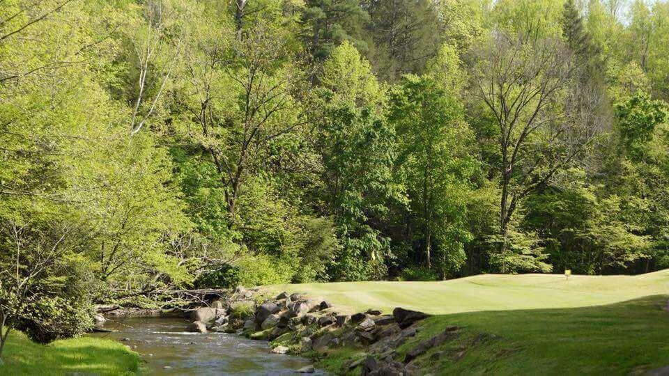 bent-creek-golf-course-creek
