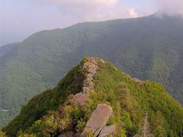 gatlinburg-hiking-chimney-tops-lowpeak