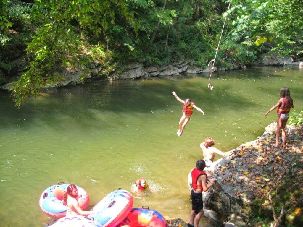 Temperature In Pigeon Forge Tennessee >> The Best Swimming Holes & Tubing in Gatlinburg | Elk Springs Resort