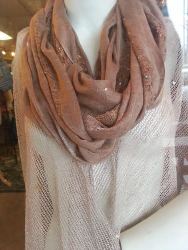 shopping-the-decorium-scarves