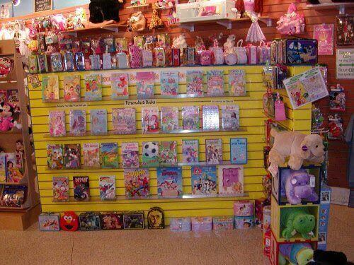 shopping-the-lollipop-guild-in-store