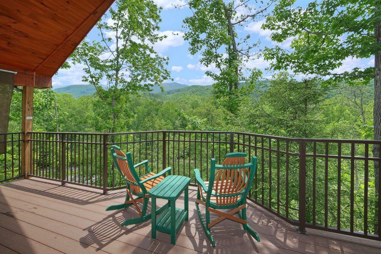 mountain hideaway cabin  gatlinburg elk springs resort