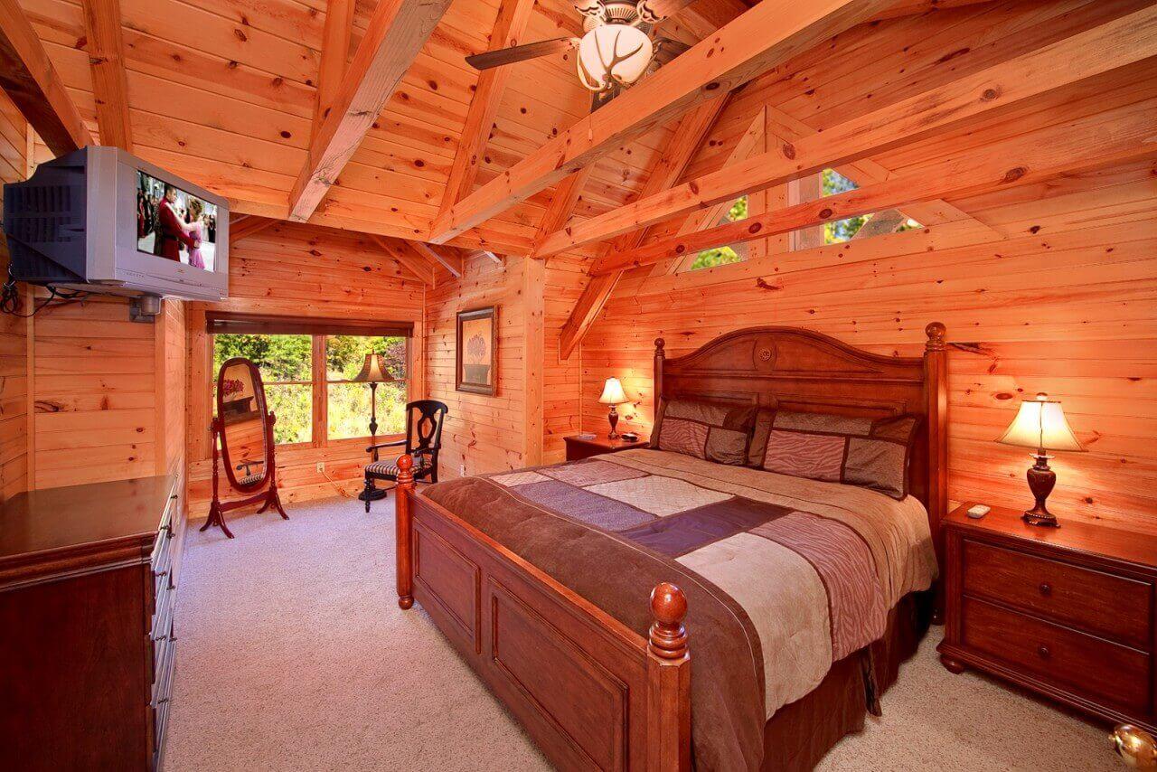 Mountain Laurel Cabin In Gatlinburg
