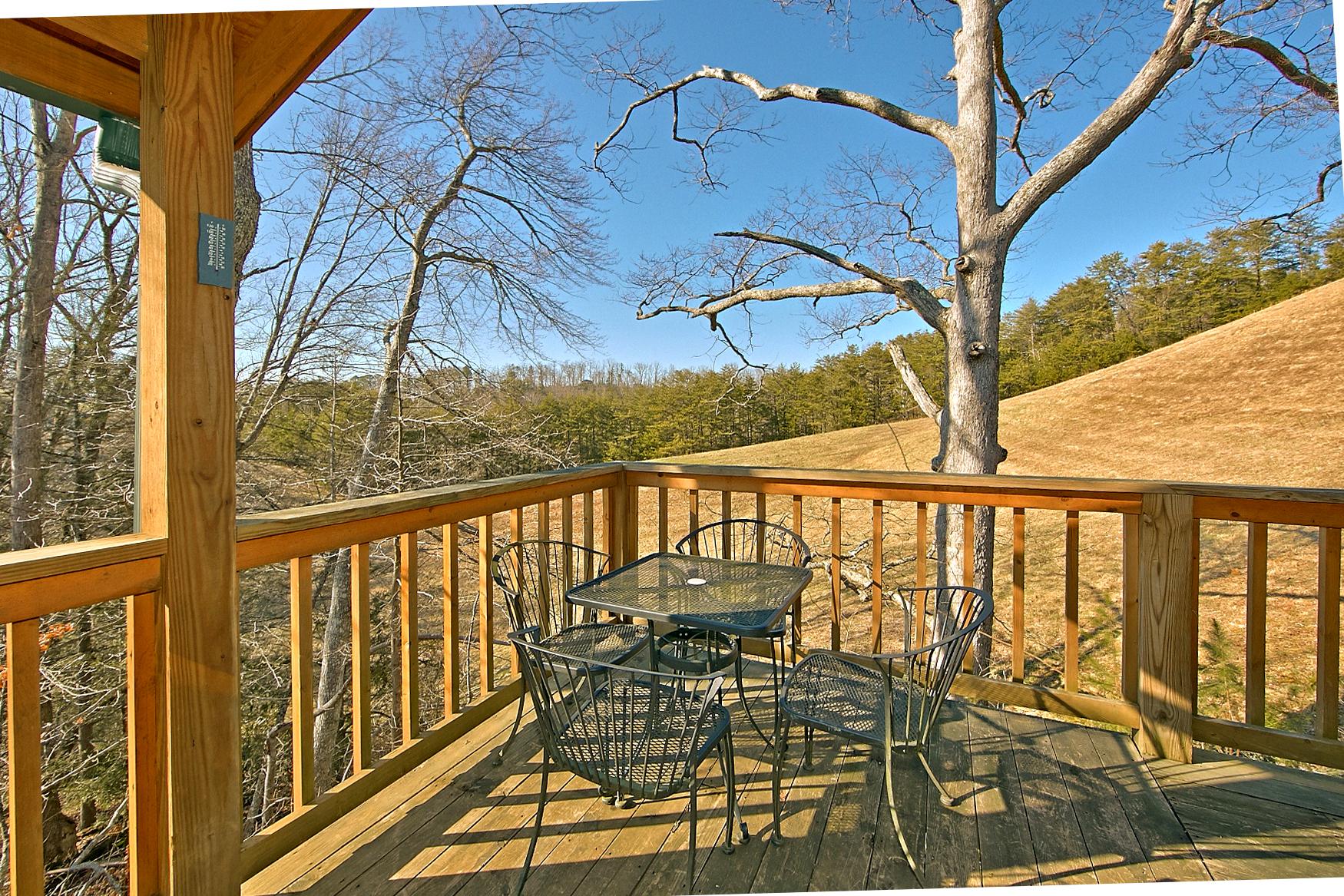 A Slice Of Heaven Cabin In Sevierville Elk Springs Resort