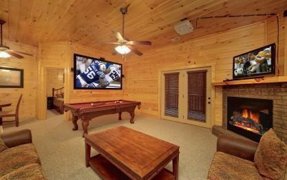 Bear Cub Lodge