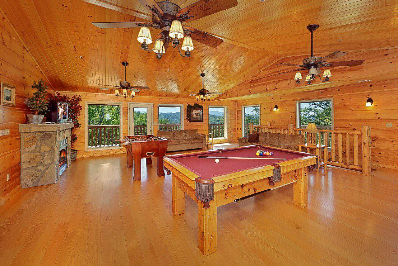 of group rentals size in forge cabin yosemite usa big pool gatlinburg with bedroom pigeon full indoor large cabins private tn bedrooms