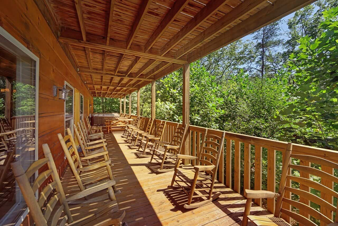 Big bear lodge cabin in sevierville elk springs resort for Big bear 2 person cabin