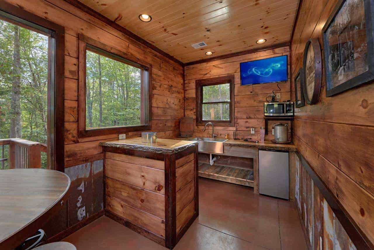 Big Sky Lodge Cabin In Gatlinburg Elk Springs Resort