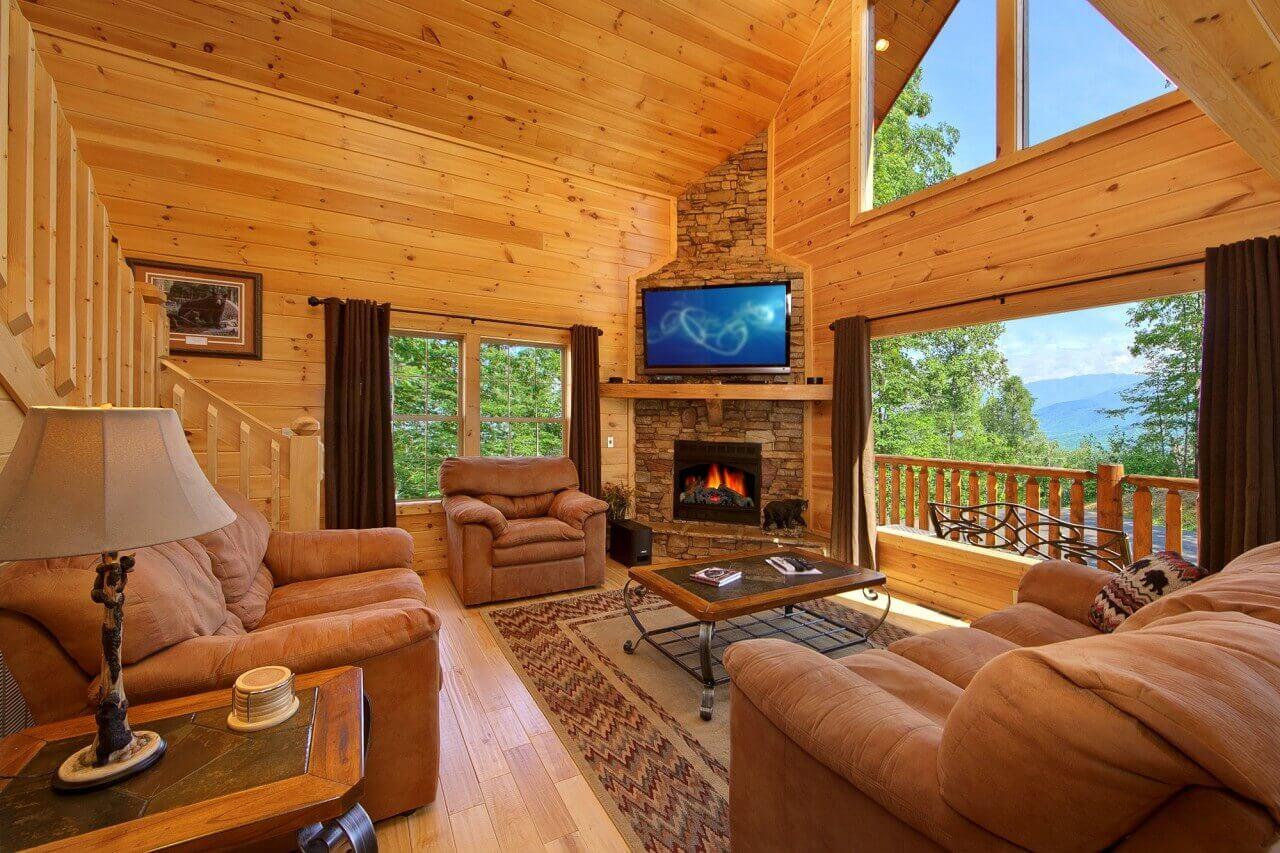 Cozy bear ridge a gatlinburg luxury cabin rental elk for Cozy cabins rentals