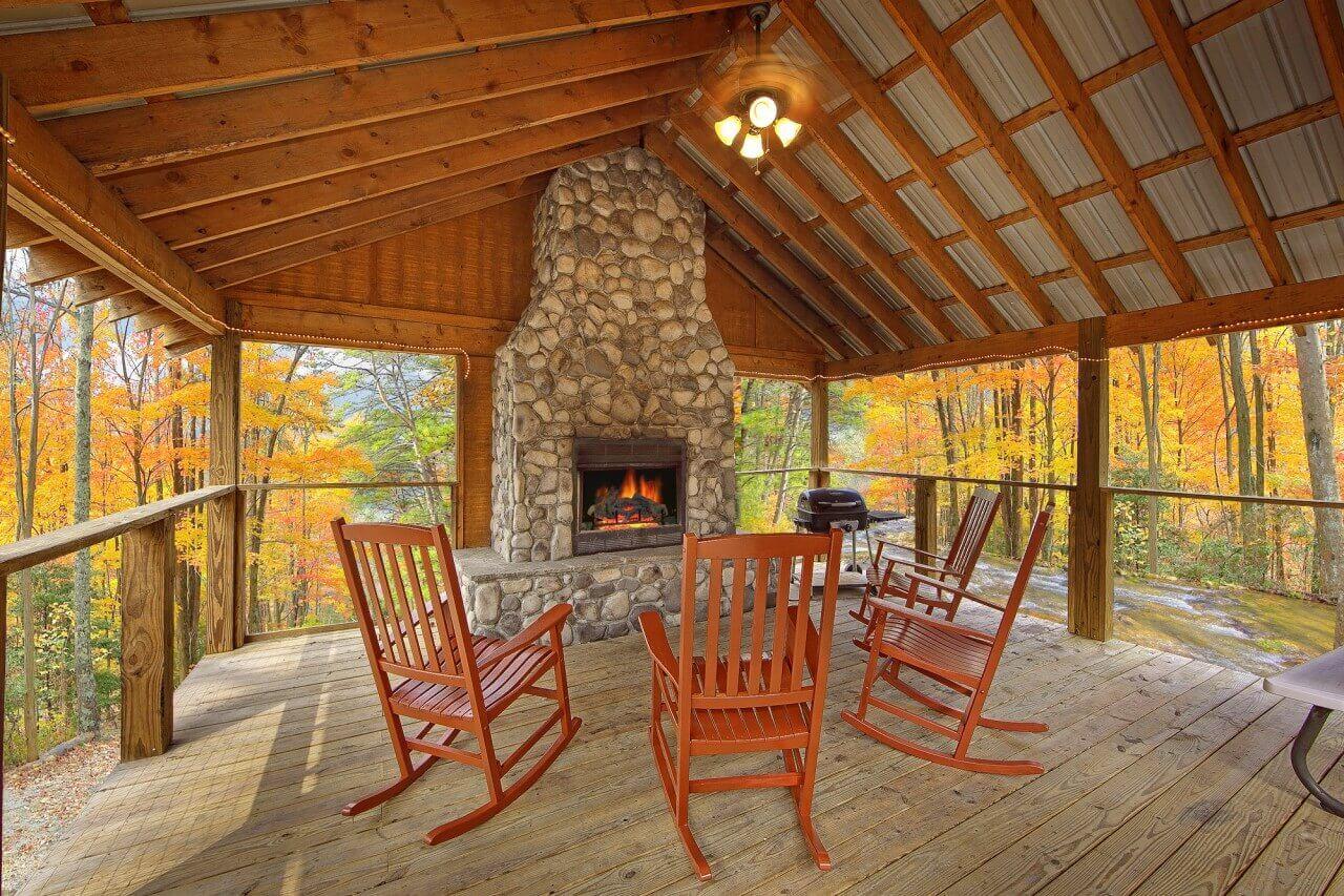Creeksong Cabin on a Creek Elk Springs Resort