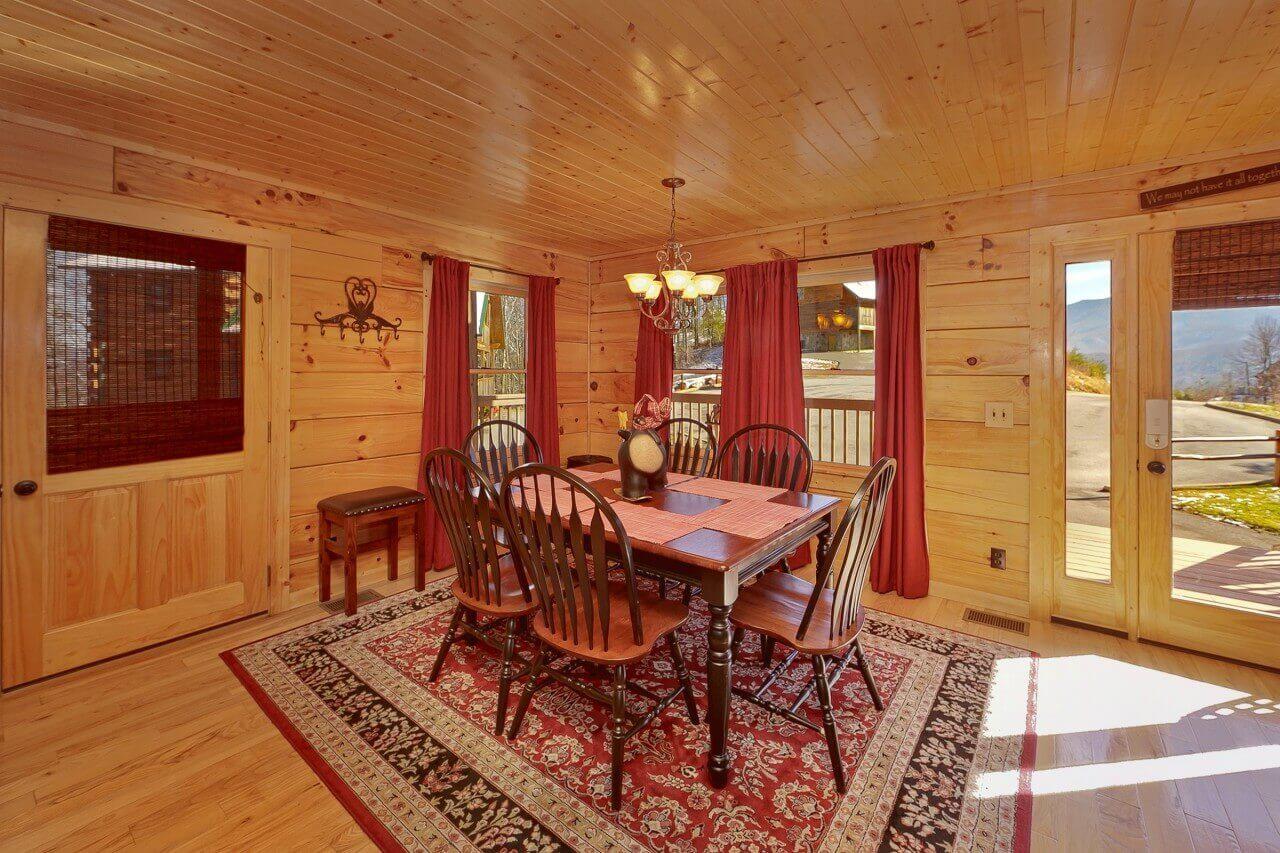 moonshiners legacy cabin in gatlinburg elk springs resort