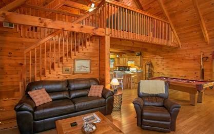 Mountain glory cabin in gatlinburg elk springs resort for Cabins near downtown gatlinburg