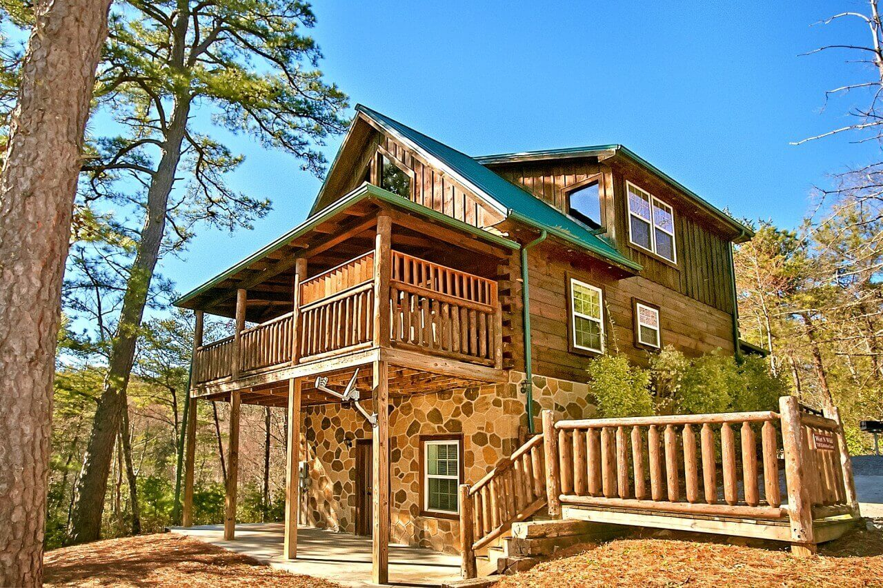 large secluded private tn rentals yosemite gatlinburg with cabin full usa size of cabins in group bedroom pool