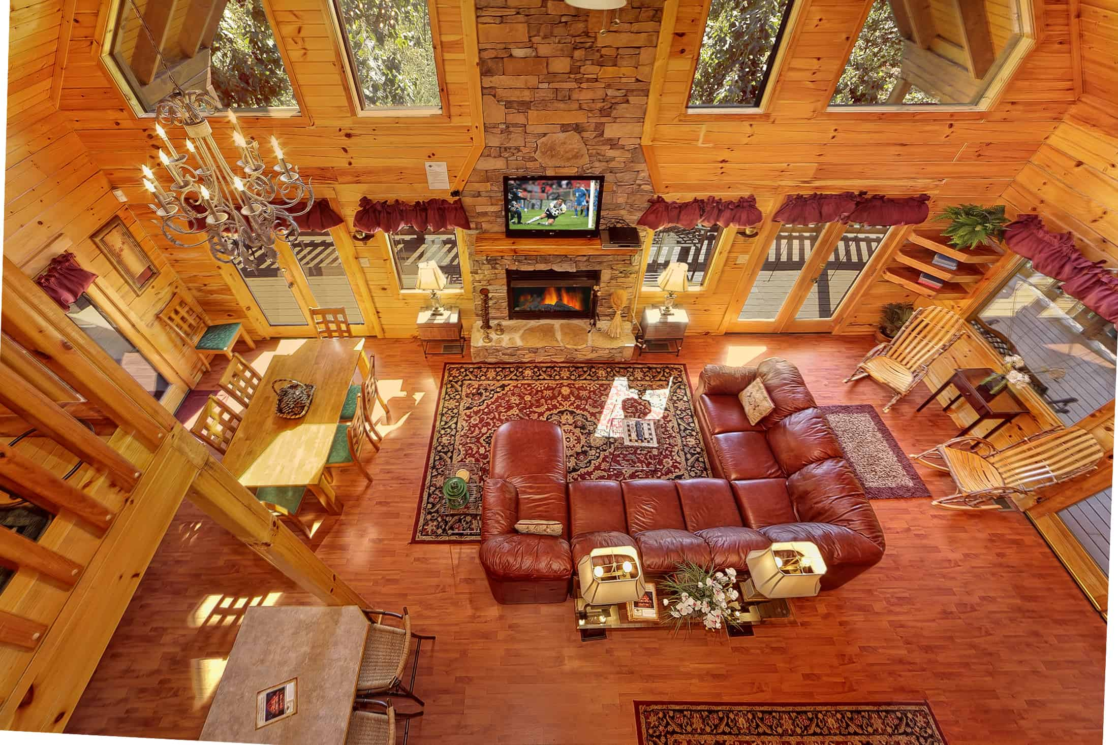 gatlinburg outdoor with indoor cabin secluded private tn pet friendly cabins smoky access mountain inside pool rentals swimming