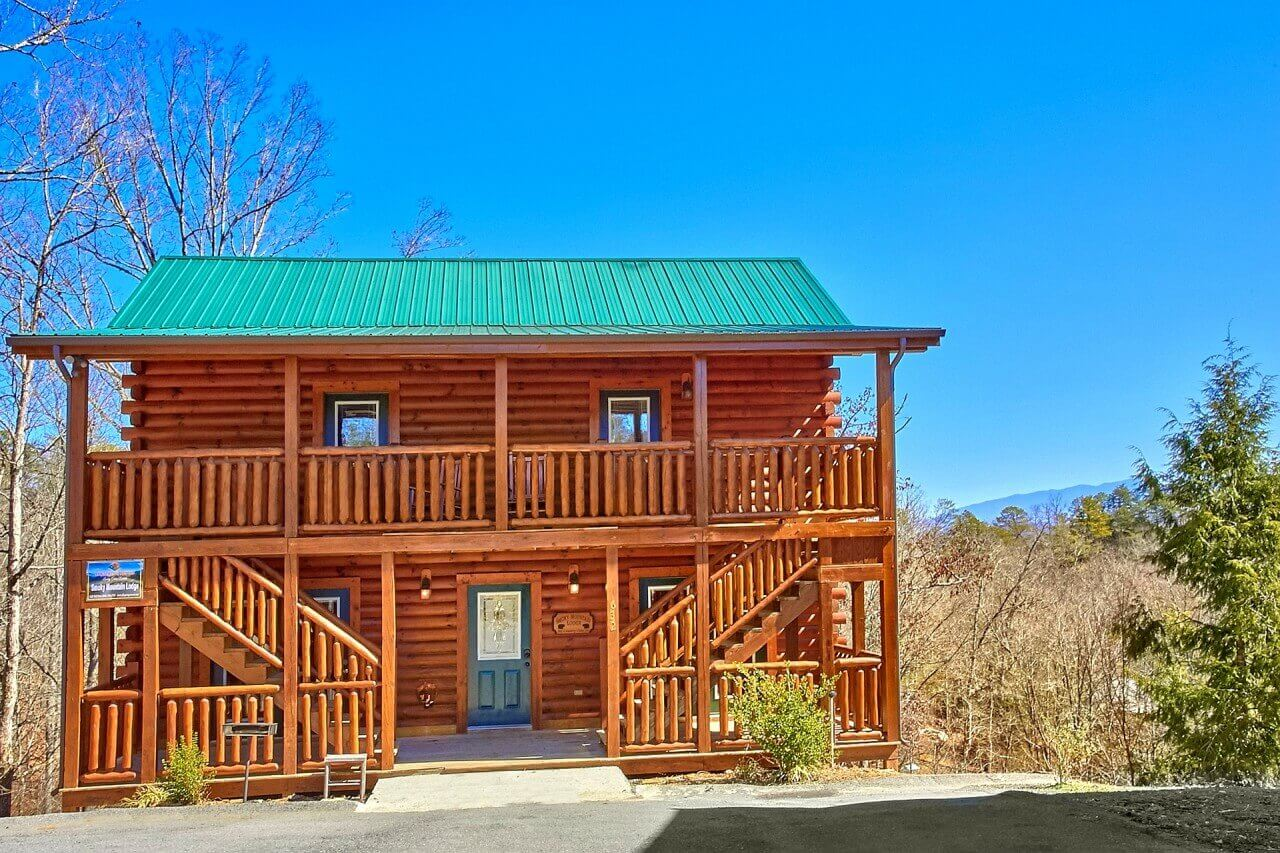 Smoky mountain lodge cabin in pigeon forge elk springs for Smoky mountain cottages