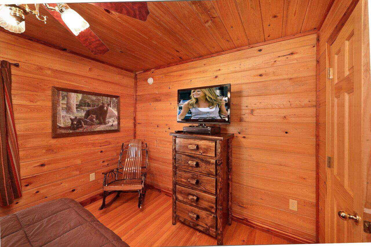 bedroom in cabins cabin smoky getaway luxury mountain located