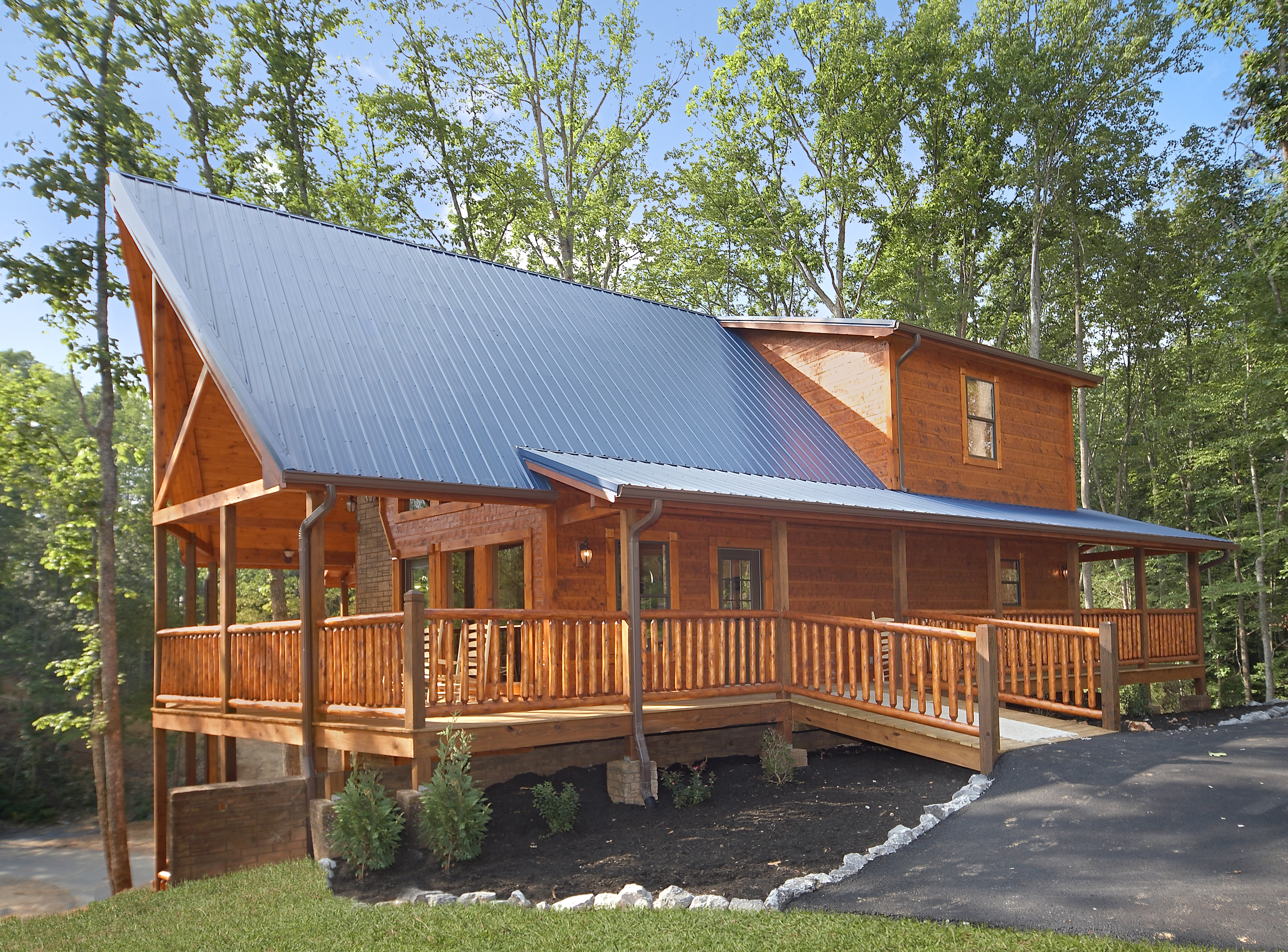 Southern philosophy luxury 4 bedroom rental in gatlinburg elk springs resort for 4 bedroom cabins in gatlinburg tn
