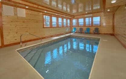 Summit Pool Lodge