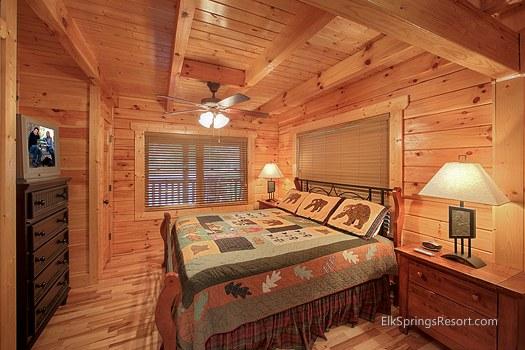 Touch Of Class Romantic 2 Bedroom Log Cabin Elk Springs