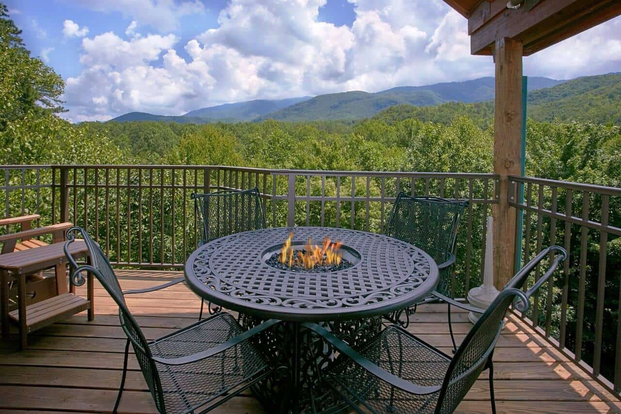 tops best private cabins outdoor pool rentals timber blue sevierville tn with georgia plans of luxury affordable gatlinburg north falls bedroom forge that in mountains pools redneck ridge pigeon ga smoky ritz ideas the sleeps cabin